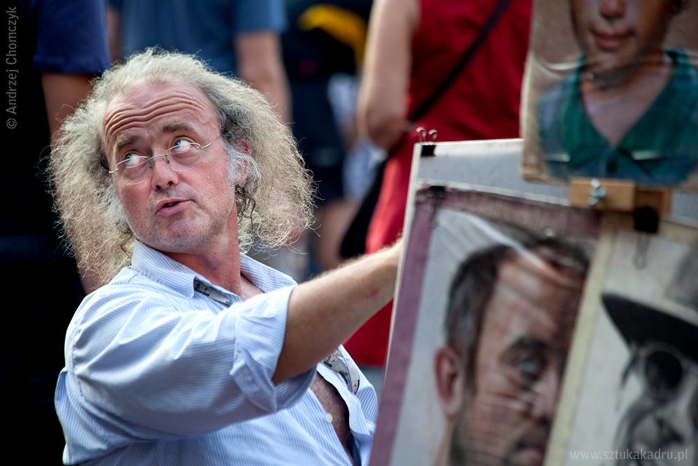Artysta portrecista na Rynku Starego Miastwa Warszawie